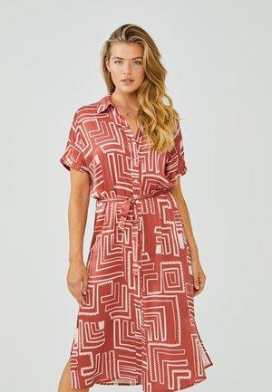 GLENNE - Shirt dress - arabian red dessin