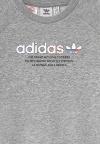 adidas Originals - TRI COLOUR CREW - Sweatshirt - medium grey heather - 2