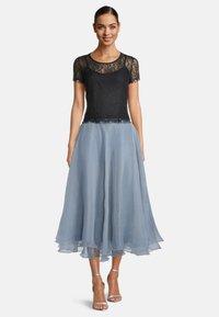 Vera Mont - A-line skirt - blue dove - 1