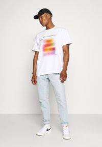 Weekday - STEFY - Print T-shirt - off white - 1