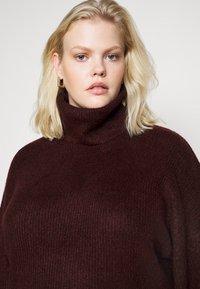 New Look Curves - FASH SLOUCHY ROLL NECK - Jumper - dark burgundy - 4