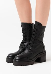 lilimill - RUDY - Platform ankle boots - squalo nero - 0