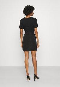 Emporio Armani - Mini skirt - black - 6
