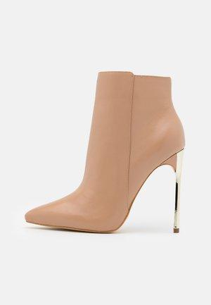EHREN - High heeled ankle boots - beige neutro