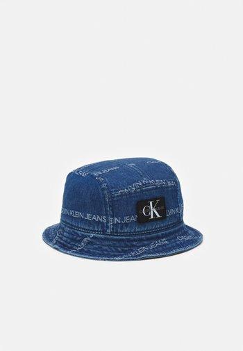 LOGO BUCKET HAT UNISEX - Hat - denim