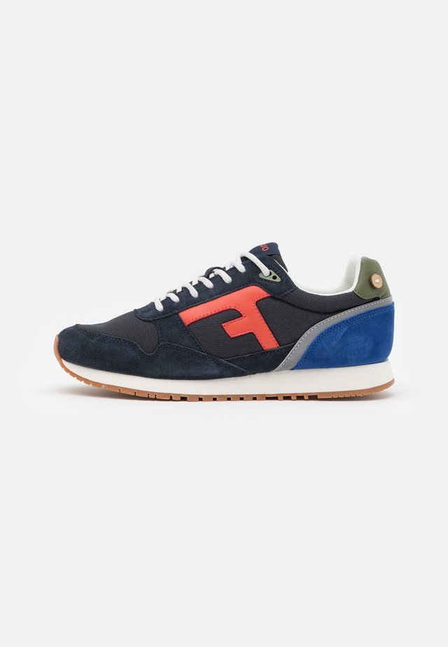 ELM - Matalavartiset tennarit - navy/multicolor