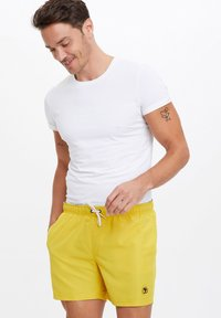 DeFacto - Swimming shorts - yellow - 2