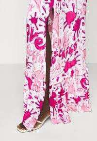 Love Moschino - Maxi dress - splash rosa - 5