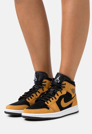 AIR JORDAN 1 MID SE - Sneakers alte - desert ochre/white/black