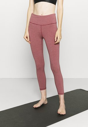 ECLIPSE ZIPPER POCKET PANT - Collant - red