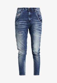 Diesel - FAYZA-NE JOGGJEANS - Relaxed fit jeans - indigo - 3