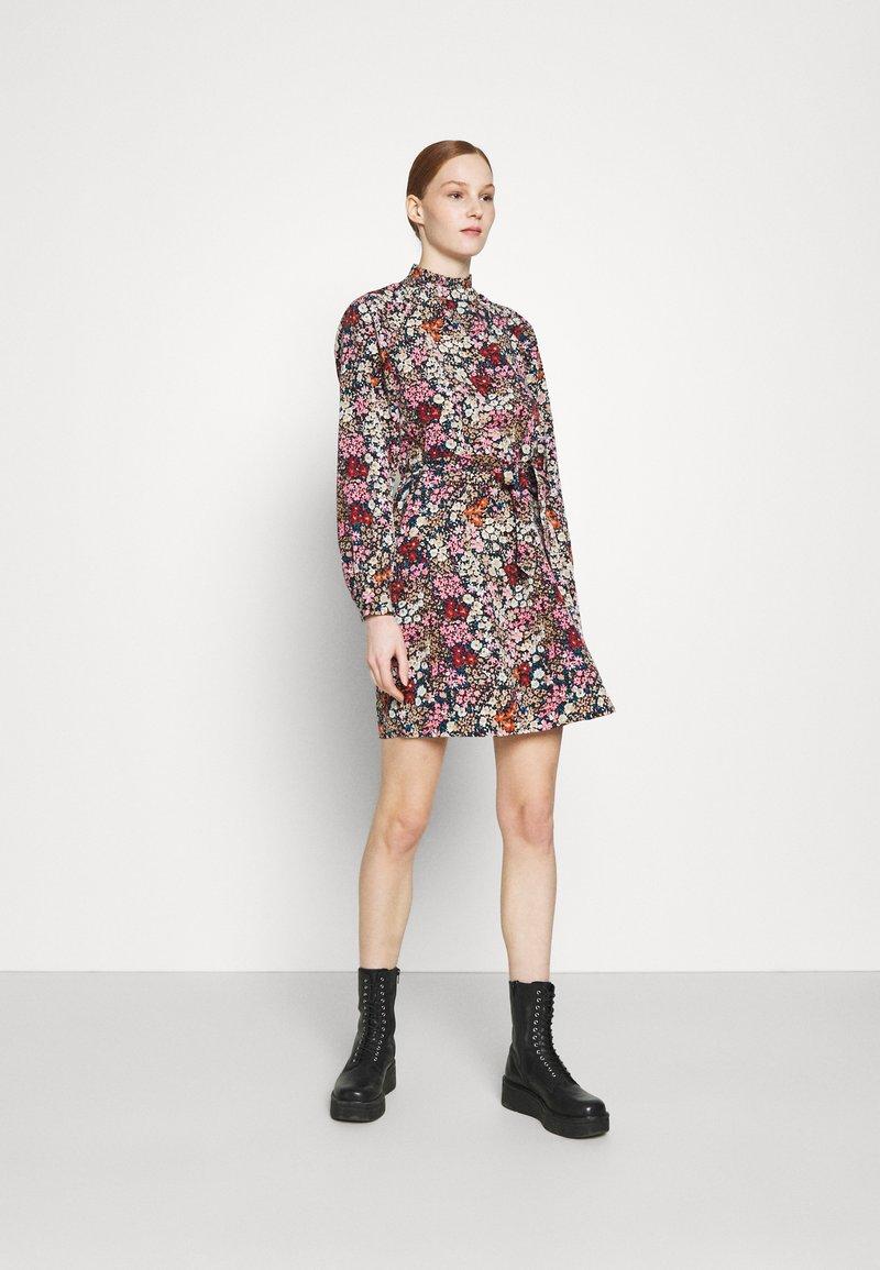 Vero Moda - VMSELMA SHORT HIGH NECK DRESS  - Day dress - wild rose/selma