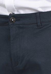 Solid - RAVI - Shorts - insignia blue - 4