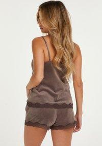 Hunkemöller - MIT SPITZE - Pyjama bottoms - brown - 1