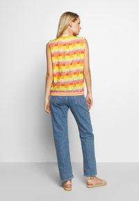 Emily van den Bergh - Bluser - yellow/orange - 2