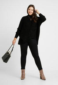 CAPSULE by Simply Be - ELEVATED ESSENTIALS HIGH NECK DETAIL JUMPER - Jumper - black - 1
