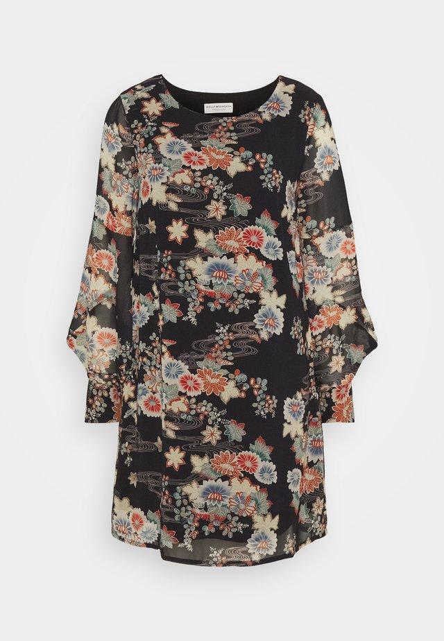 LADIES DRESS PREMIUM - Robe d'été - kimono black