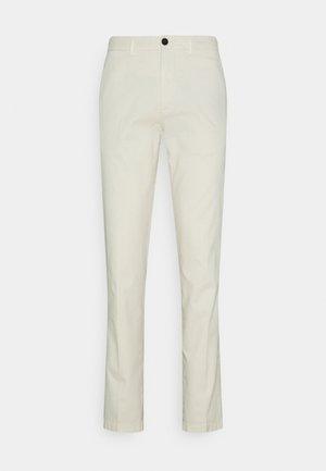 DENTON FLEX  - Pantalon classique - ivory