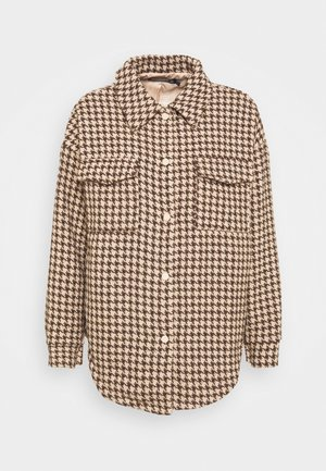 HOUNDSTOOTH SHACKET WITH POCKETS - Blazer - brown