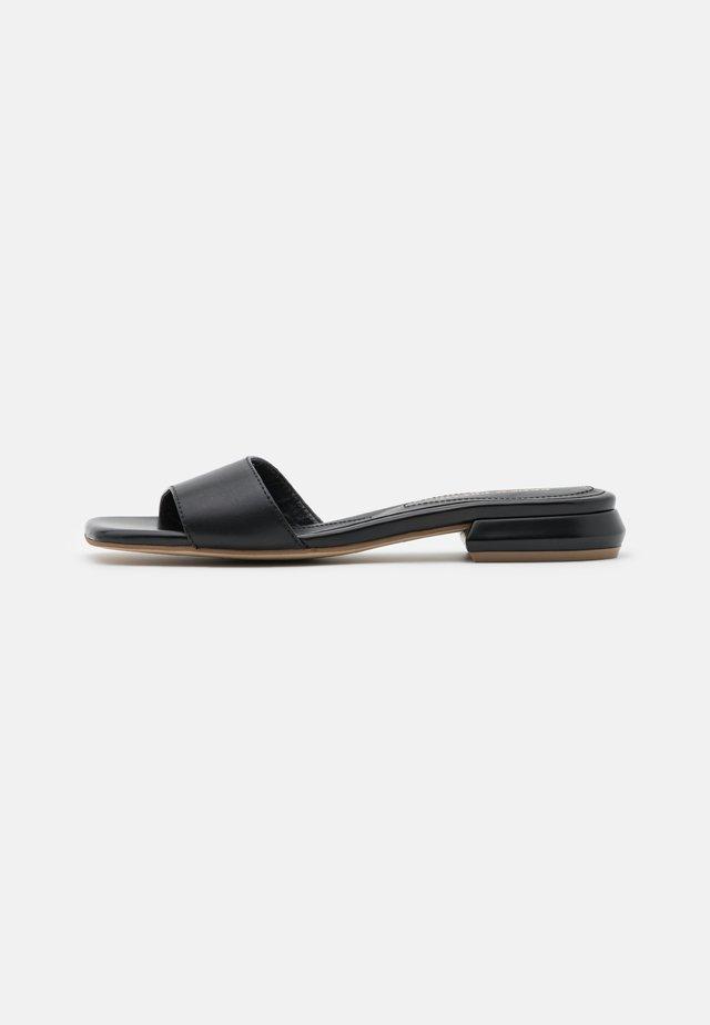 Sandaler - savana nero