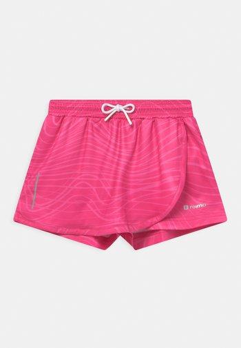 SKORT LIIKKUEN - Sportovní kraťasy - fuchsia pink