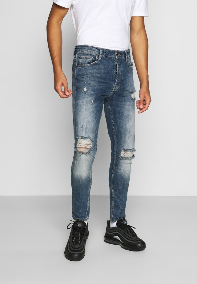 FORD RIP AND REPAIR SKINNY JEANS - Vaqueros pitillo - mid blue