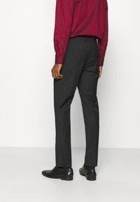 Calvin Klein Tailored - TROPICAL STRETCH SUIT - Suit - black - 4