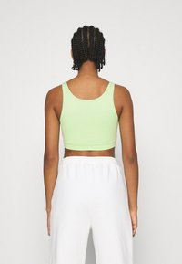 NA-KD - NA-KD X ZALANDO EXCLUSIVE CROPPED - Top - fresh green - 2