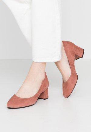 Classic heels - oldpink