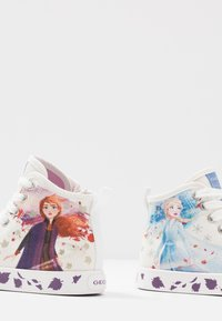 Geox - JR CIAK GIRL FROZEN ELSA & ANNA - High-top trainers - white/mutlicolour - 5