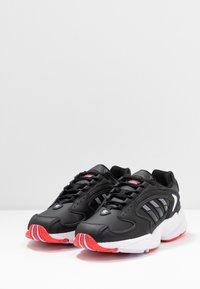 adidas Originals - 2000 - Sneakersy niskie - clear black/grey six/purple tint - 4
