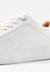 Pepe Jeans - ADAMS LOGO - Tenisky - white - 2