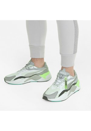 Trainers - puma white-puma silver