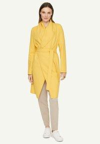 comma - Classic coat - yellow - 1