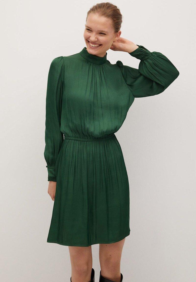 Mango - Day dress - grün