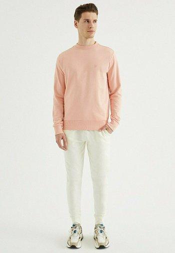 Sweatshirt - coral cloud