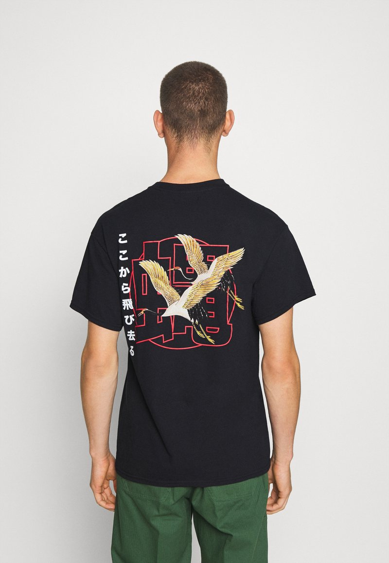 Night Addict - FLYAWAY - T-shirt con stampa - black