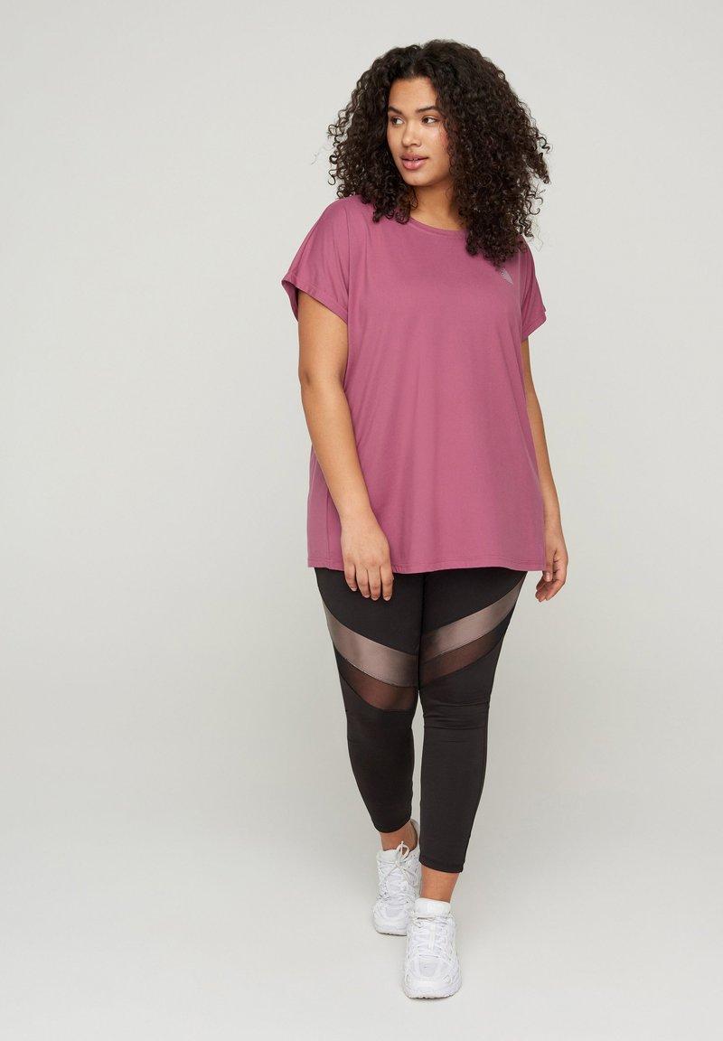 Active by Zizzi - Print T-shirt - pink