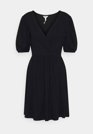 OBJJADE DRESS - Jersey dress - black