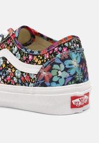 Vans - UA OLD SKOOL TAPERED - Sneakers basse - liberty fabrics - 5