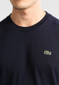 Lacoste Sport - CLASSIC - T-shirts - navy blue - 3