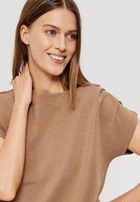 Opus - Basic T-shirt - brown - 2