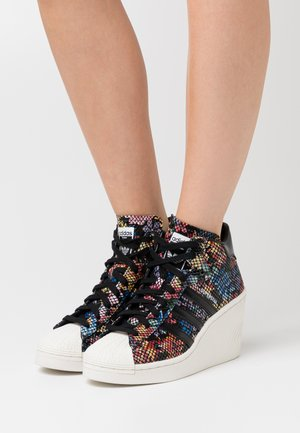 SUPERSTAR ELLURE  - Baskets montantes - core black/offwhite/red