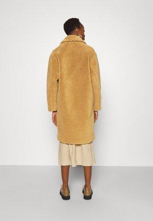 MELENY - Classic coat - light pastel brown