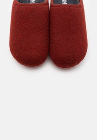 Camper - WABI - Slippers - medium brown - 5