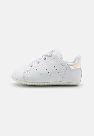 STAN SMITH CRIB UNISEX - Babyschoenen - footwear white/silver metallic