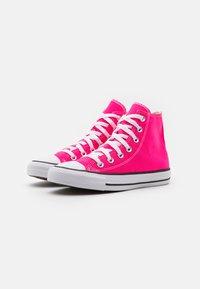 Converse - CHUCK TAYLOR ALL STAR SEASONAL COLOR UNISEX - Zapatillas altas - hyper pink - 1