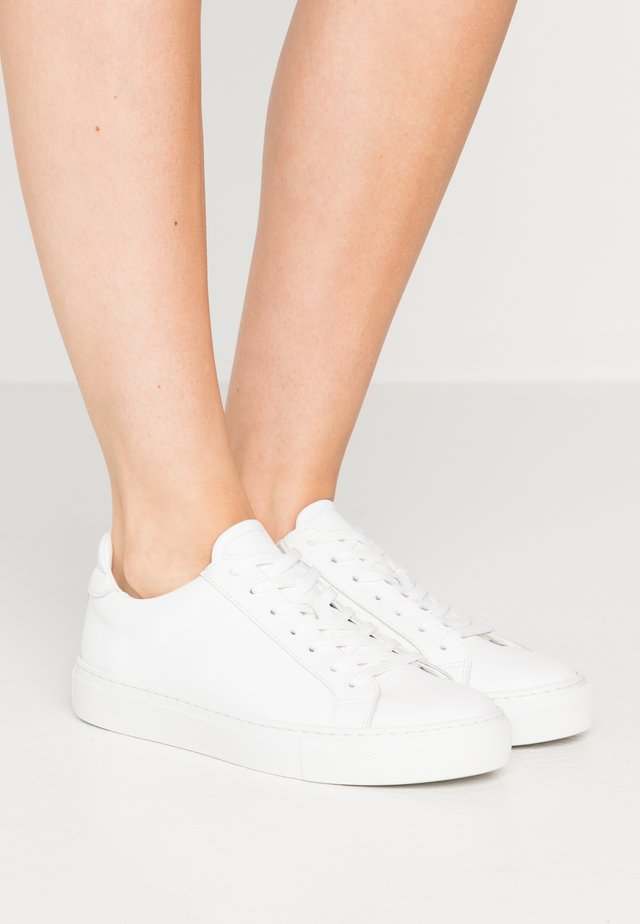 TYPE VEGAN - Sneakers basse - white