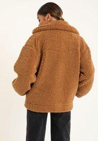 Pimkie - Fleece jacket - kastanienbraun - 2