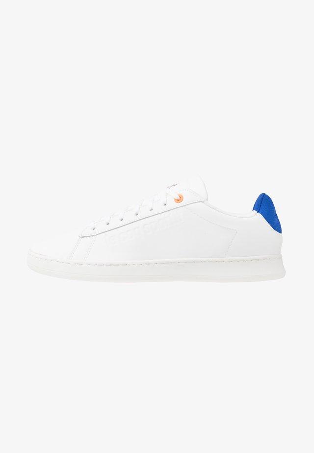 BREAK TECH - Sneakers basse - optical white/cobalt